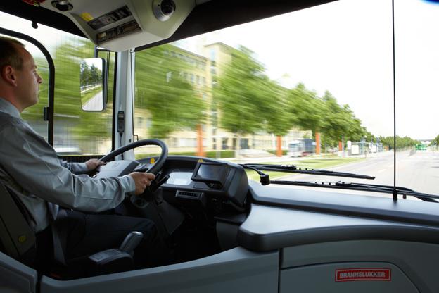Inte ens hälften av landets bussförare har skaffat yrkeskompetensbevis, varnar Transportstyrelsen. Foto: Volvo Bussar.
