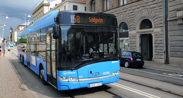 Mer än 40 procent av de svenska bussarna ägs av utlandsägda företag, exempelvis halvstatliga Veolia. Foto: Ulo Maasing.