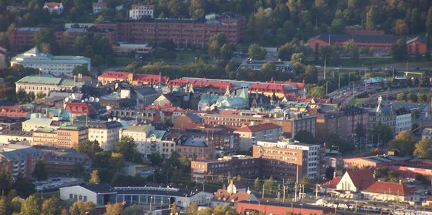 Sundsvall –vilket färdmedel är snabbast? Foto: Wikimedia Commons/Sendelbach.
