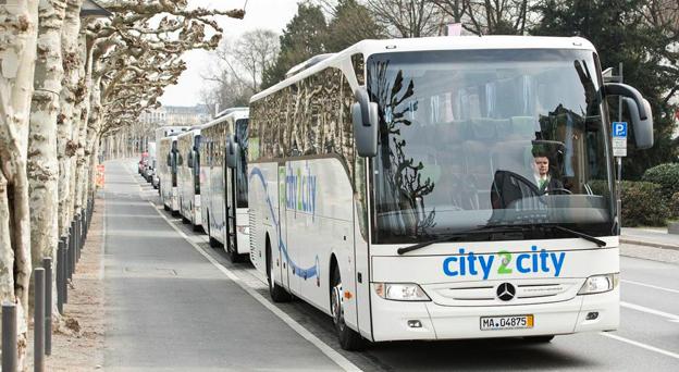 Första större offret för expressbusskriget i Tyskland är city2city som ägs av brittiska transportjätten National Express. Foto: city2city.
