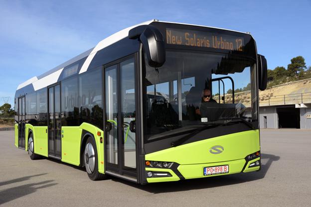 Nya Urbino 12 har en modernare, mer dynamisk exteriör, samtidigt som bussen är fem centimeter lägre än föregångaren.
