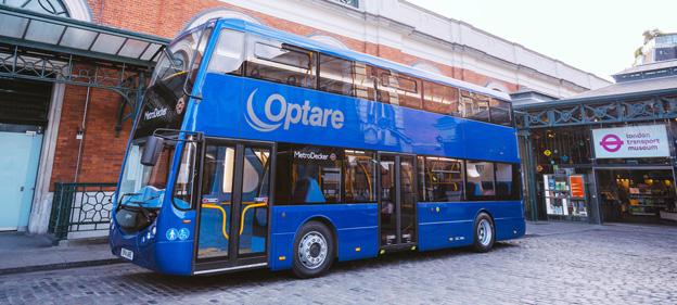 I början av sommaren premiärvisade Optare sin nya dubbeldäckare MetroDecker. Nu står det klart att man siktar på att kunna erbjuda en helt batteridriven version av bussen. Foto: Optare.
