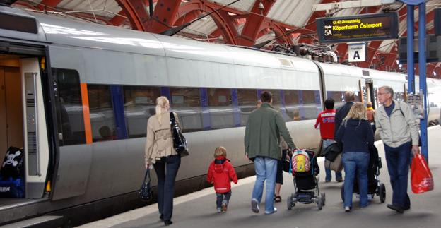 Trafiken med Öresundståg håller på att gräva ett stort hål i Hallandstrafikens ekonomi. Foto: Ulo Maasing.