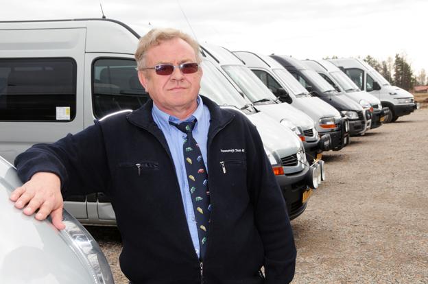 Tvingad i konkurs efter Dalatrafiks direktupphandling. Tommy Jansson och hans företag Sunnansjö Taxi&Buss hade tidigare en omfattande skolskjutsverksamhet. Foto: Ulo Maasing.