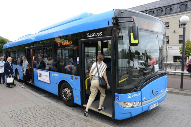 Fem procent dyrare varje år blir det att ta bussen i Västra Götaland. Foto: Ulo Maasing.