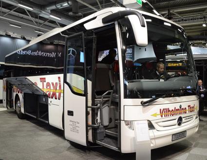 Mercedes-Benz toppar statistiken över nyregistrerade bussar under februari. På Persontrafik visade man en av dessa,  den korta Tourismo K. Foto: Ulo Maasing.