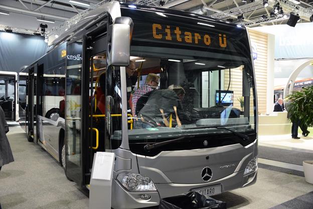 Citaro Ü från Mercedes-Benz med höga nackstöd för passagerarna. Foto: Ulo MAasing.
