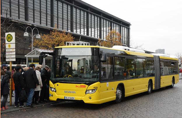 I fjol gjorde Scania en inbrytning i Berlin med en order på 156 CityWide ledbussar. De första är nu i trafik. Nu tillverkar man en prototyp på en ny dubbeldäckare för den tyska huvudstaden. Foto: Ulo MAasing.