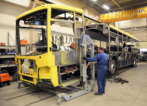 Bussarna byggs i moduler. I grunden finns fem framvagnsmoduler och sex bakvagnsmoduler. Foto: Ulo Maasing.