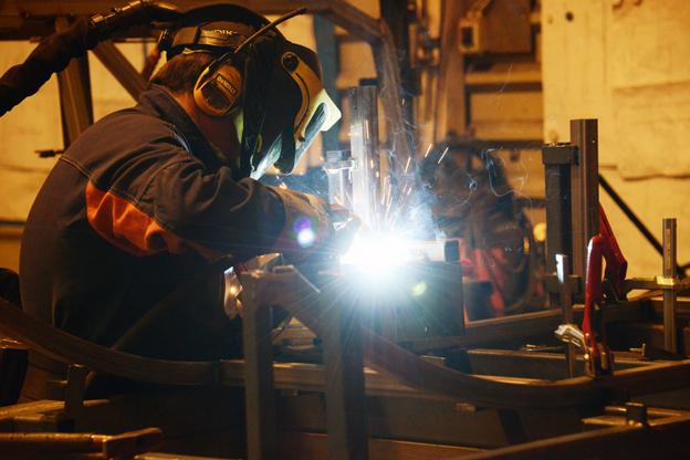 När produktionen under 2015 är uppe i tio bussar per vecka kommer fabriken i Lahtis att sysselsätta omkring 220 personer. Foto: Ulo Maasing.