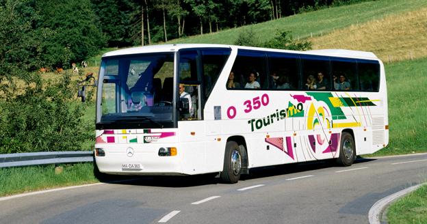 Merc edes-Benz Tourismo 1994… Foto: Daimler Buses.