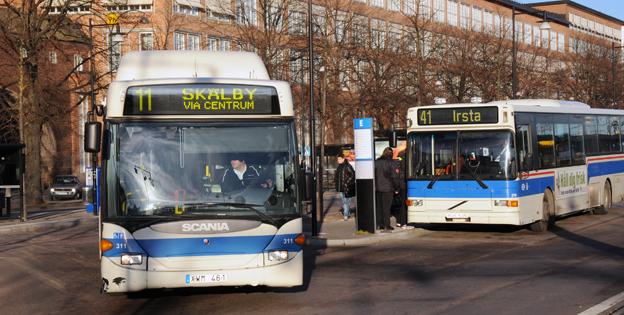 Västeråsborna bjuds på gratis bussresa till julhandeln. Arkivbild: Ulo Maasing.