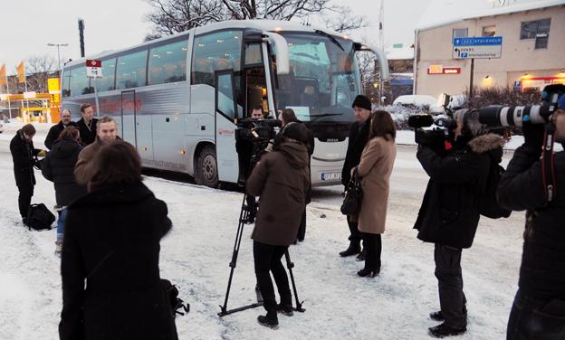 Mediaintresset var stort när Veolias Nacka-Kistalinje invigdes i januari 2012. Tre år senare går linjen i graven. Foto: Ulo Maasing.