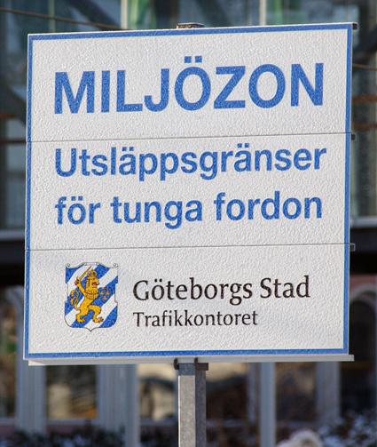 Föreningen Sveriges Bussresearrangörer vill att regeringen ändrar miljözonsreglerna. Foto: Ulo Maasing.
