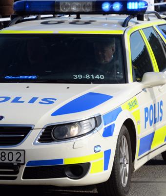 Polisen har konstaterat en omfattande skadegörelse på väderskydd vid busshållplatser i västra Uppsala.