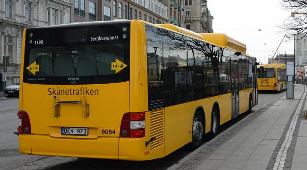 Om drygt ett år kan alla ungdomar i Skåne resa billigare med kollektivtrafiken. Foto: Ulo Maasing.
