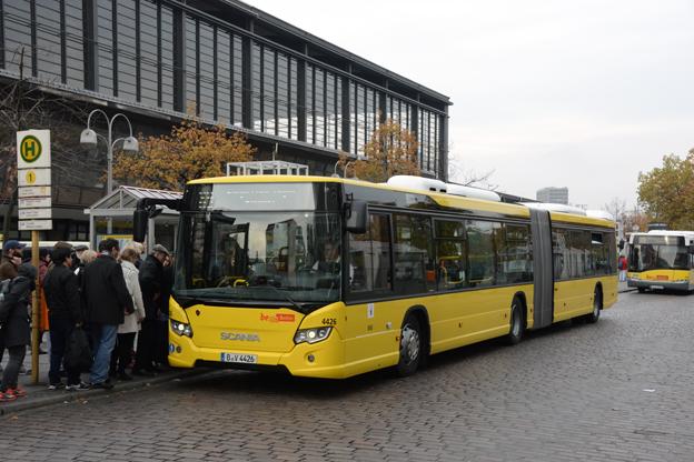 Lokaltrafiken i BVerlin, BVG, har nu tagit emot de första 70 i en order på 156 Scania CityWide ledbussar. Foto: Ulo Maasing.