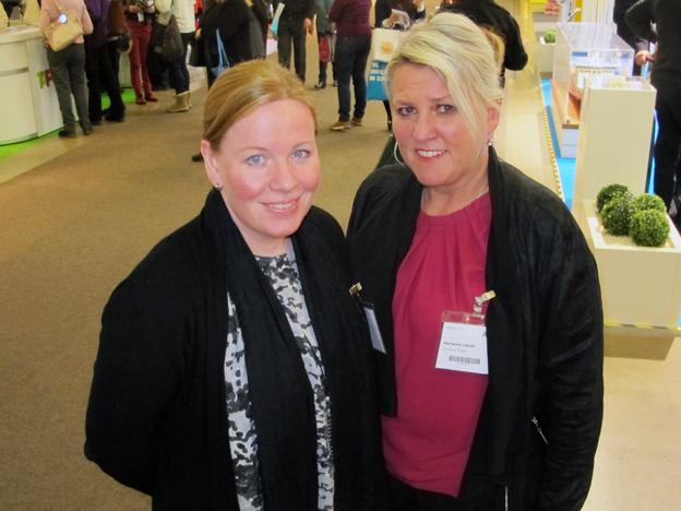 Charlotta Björklund och Marianne Lidvall från Lundwall Travel fanns på plats på Matka. Foto: Ulo Maasing.