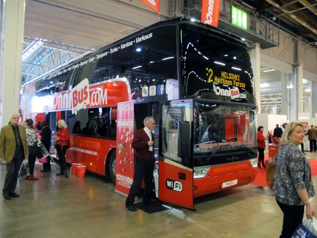 Sir Brian Souters offensiva expressbussbolag Onnibus.com syntes tydligt på Matka. Foto: Ulo Maasing.