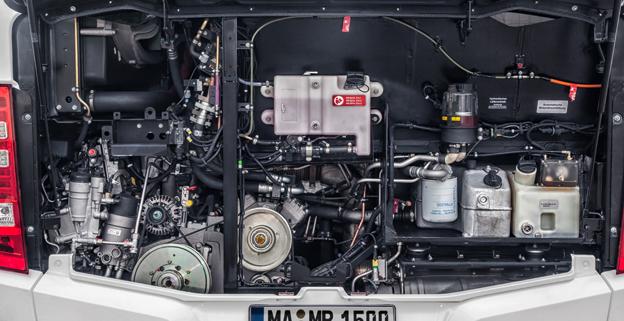 Daimler Buses (bl a Mercedes-Benz och Setra) godkänner nu användning av HVO-bränslet NExBTL i flertalet nya bussmotorer. Foto: Daimler Buses.