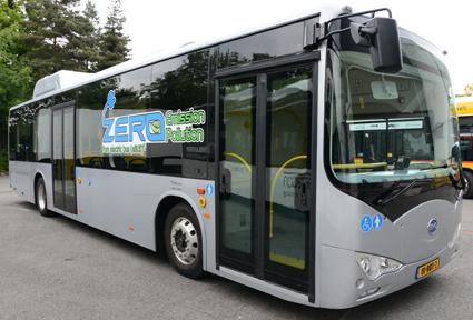 För första gången kommer BYD:s elbuss K9 att visas i Sverige. Bussen ska köras på Orust senare i vår. Foto: Ulo Maasing.