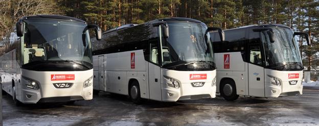 Tre av de VDL Futura som kör besökare under skid-VM i Falun. Foto: VDL.