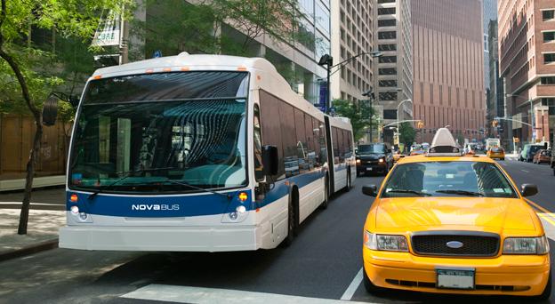 I Nordamerika utvecklas marknaden positivt för såväl kollektivtrafik som för långfärdsbussar. Foto: Volvo Bussar.