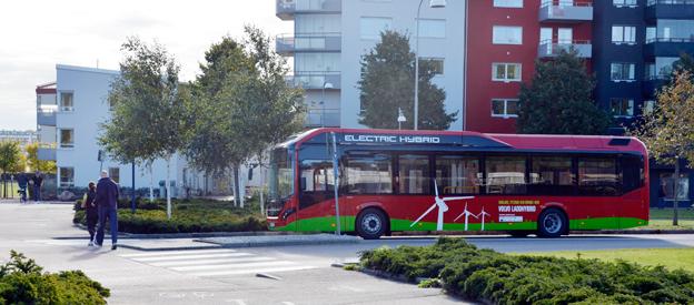 Vattenfalls strategichef kräver mer politiskt engagemang för elbussar. Foto: Volvo.