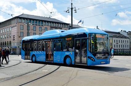 I juni startar trafiken i ElectriCity-projektet i Göteborg. Foto: Volvo Bussar.