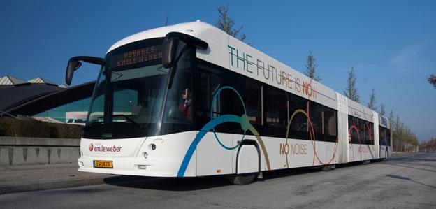 En verklig hybridbjässe: Hess/Vossloh Kiepes ligTram, nu i Luxemburg. Foto: Vossloh Kiepe.