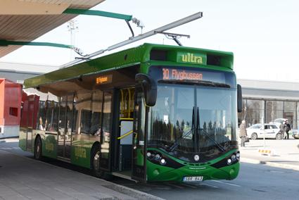 Umeå är en av tre städer som vill ha medfinansiering för en satsning på eldrivna bussar. Staden är en föregångare när det gäller elbussar. Foto: Ulo Maasing.