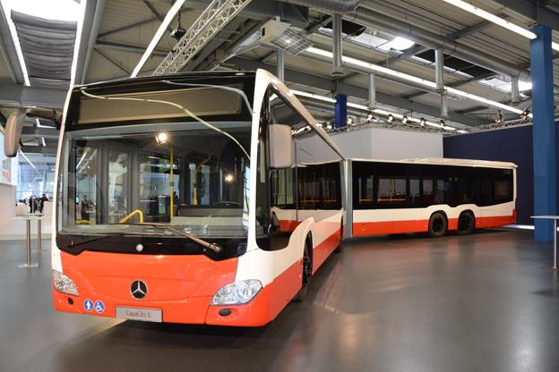 Mercedes-Benz CapaCity L är en av de nyheter som Daimler bussar presenterar på UITP-mässan i Milano i juni. Foto: Ulo Maasing.