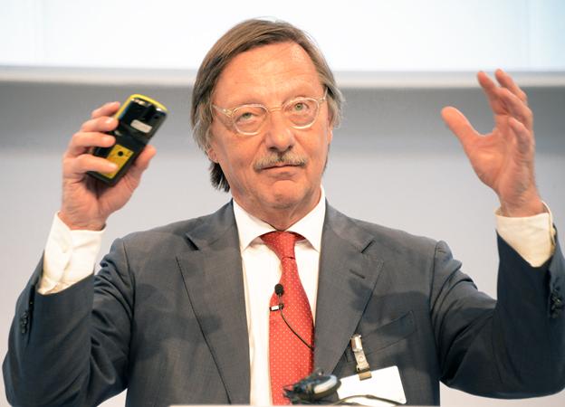 Alain Flausch, generalsekreterare i den internationella kollektivtrafikunionen UITP: Politikerna bör satsa mer på buss i stället för spår. Foto: Ulo Maasing.