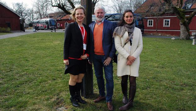 Anna Grönlund, Mikael Persson och Charlotte Erlandsson från Sveriges Bussföretag är glada över att Bussarna på slottet blev lyckat.