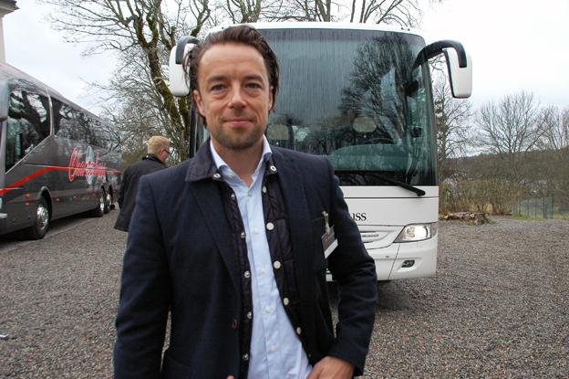 Håkan Jönsson från Mercedes-Benz uppskattade Busstorgets nya grepp med bussar i slottsmiljö.
