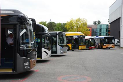 Senast UITP:s världskongress hölls var 2013 i Genève. Där visade en lång rad busstillverkare upp nya elbussar som också var tillgängliga för provkörning. Foto: Ulo Maasing.