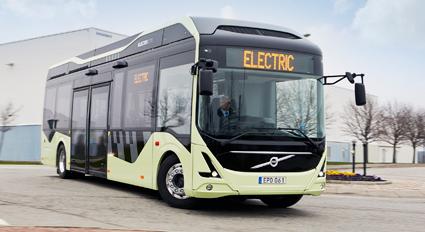 Två av bussarna på linje 55 i Göteborg kommer att vara Volvos nya helelektriska buss. Foto: Volvo.