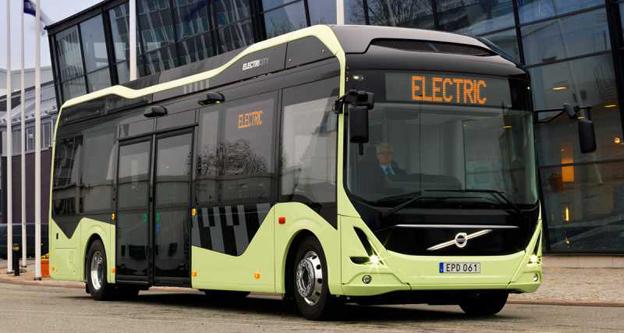 Ska trafikera Sveriges första ljuddämpande busshållplats. Foto: Volvo Bussar.