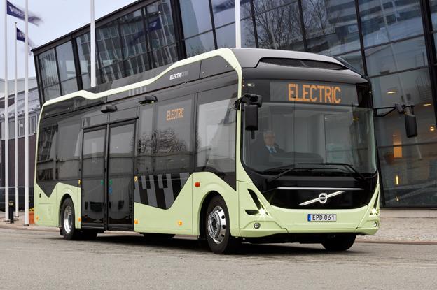 Volvos första helt elektriska buss rullar nu i Göteborg. Foto: Volvo Bussar.