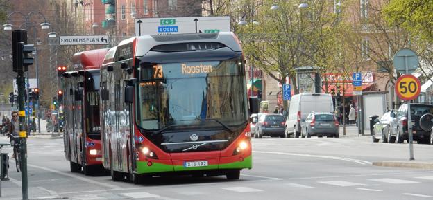Centerpartiet vill införa en rejäl premie för miljöbussar och miljölastbilar. Foto: Ulo Maasing.