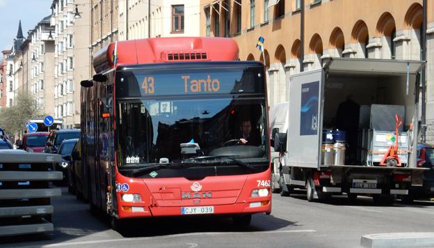 SL backar oväntat från sitt sparkrav på bussentreprenörerna på en kvarts miljard – åtminstone tills vidare. Foto: Ulo Maasing.