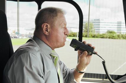 Redan nästa vår kan det bli lagkrav på alkolås i alla fordon för persontransporter mot betalning i Norge. Foto: Volvo Bussar.