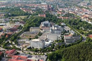 Det kommer att bli busstrafik genom sjukhusområdet på Akademiska sjukhuset i Uppsala. Trots allt. Foto: Akademiska sjukhuset.