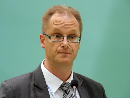 Jonas Strömberg, Scania: Hybridbussar är lönsammare i snabb förortstrafik än i tät innerstadstrafik. Foto: Ulo Maasing.