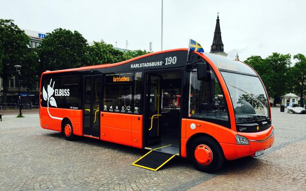 Karlstad har fått sina förtsta elbussar i trafik – tre Optare. Foto: Karlstadsbuss.