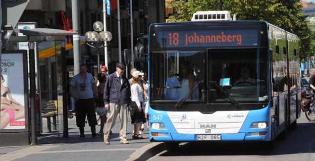 Sedan händelsen förra fredagen då en bussförare i uniform behandlades mycket illa av kontrollanter anställda av G4S har inga biljettkontroller utförts inom Västtrafik. Foto: Ulo Maasing.