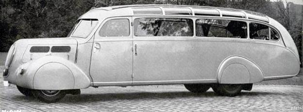 Buss- och lastbilstillverkaren MAN fyller i helgen 100 år. 1936 lanserade man sin superaerodynamiska bussmodell Z1. Foto: MAN.