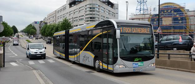 Den franska staden Nantes tillhör pionjärerna i Europa med BRT-liknande busslösningar. Staden valde BRT framför att satsa på en ny spårvägslinje. Foto: Ulo Maasing.