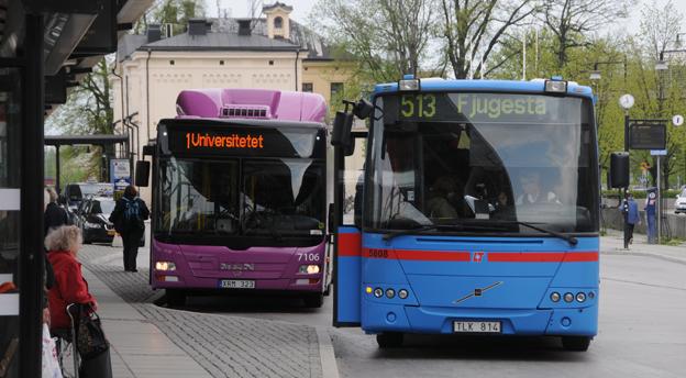 Från i höst kommer tre fjärdedelar av bussarna i Örebro län att köra på miljöbränsle. Foto: Ulo Maasing.
