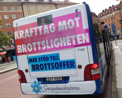 En buss från SL/Keo,lis med reklam för Sverigedemokraterna innan riksdagsvalet. Foto: Ulo Maasing.